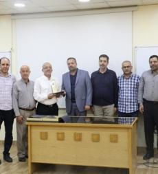 المؤسّسة الإسلاميّة للتربية والتعليم تكرم المدراء السابقين