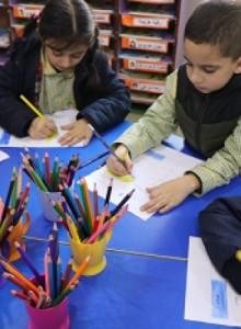 ثانوية المهدي (ع) – الحدث تطلق نادي الرسم في قسم الروضات